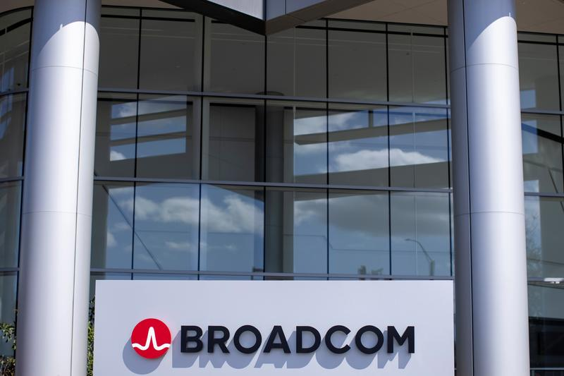 Broadcom shares fall as chip sales disappoint