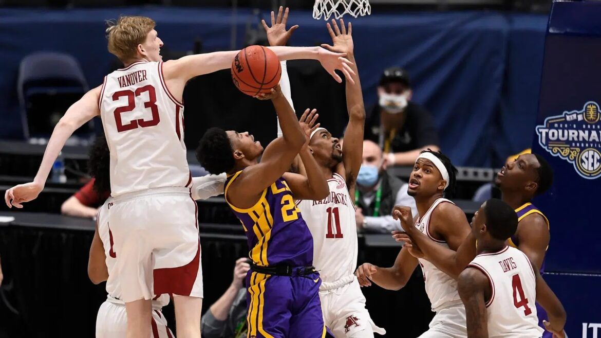 LSU upsets No. 8 Arkansas 78-71 to reach SEC tourney final